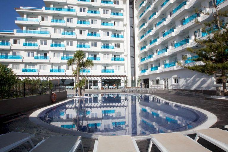 Hotel para vacaciones con hijos en playa de Peñíscola