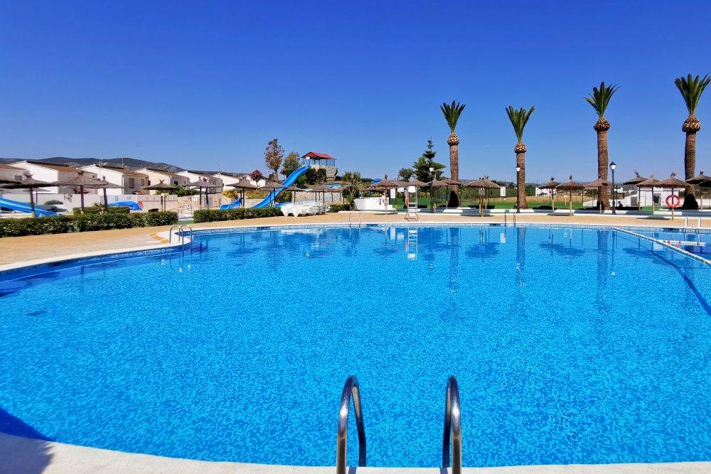 Hotel familiar con piscinas en Peñíscola - Acualandia