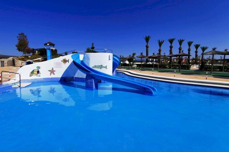 Hotel con piscinas en Peñíscola - Acualandia