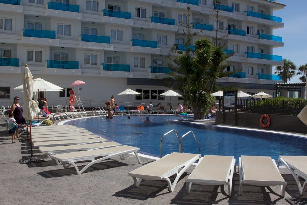 Aparthotel familiar con piscina en Peñíscola - Acuazul